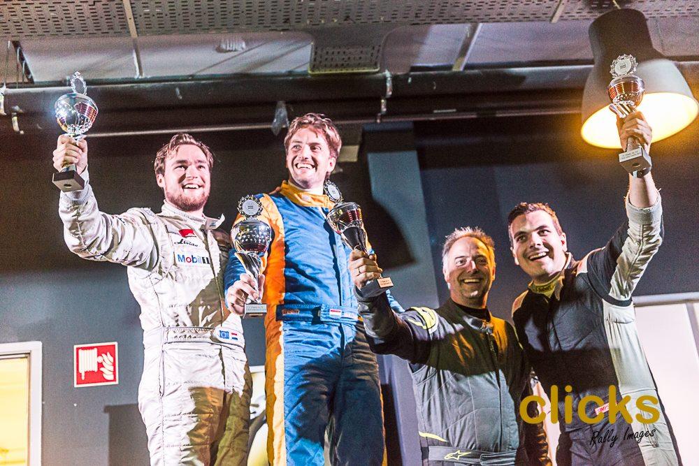 podium ele-3